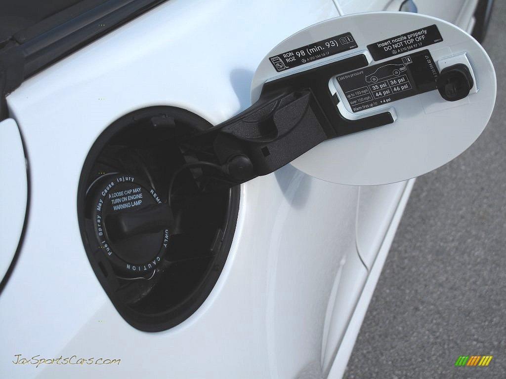 2007 SL 55 AMG Roadster - Alabaster White / Black photo #42