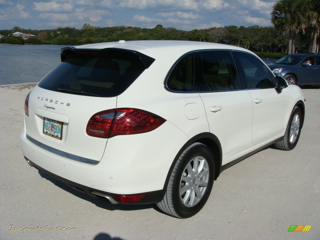 2011 Cayenne  - Sand White / Luxor Beige photo #7