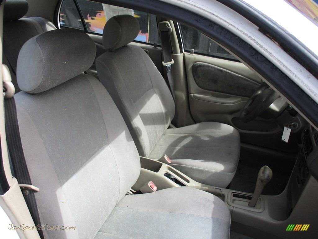 1999 Corolla VE - Super White / Pebble Beige photo #17
