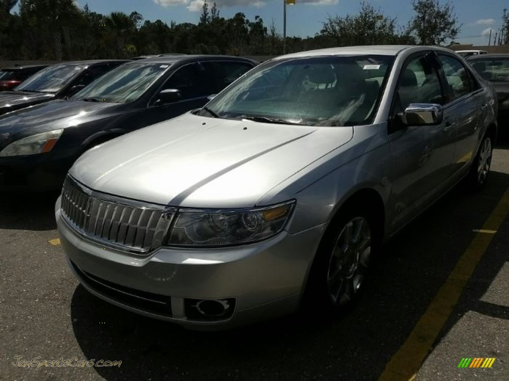 Vapor Silver Metallic / Light Stone Lincoln MKZ Sedan