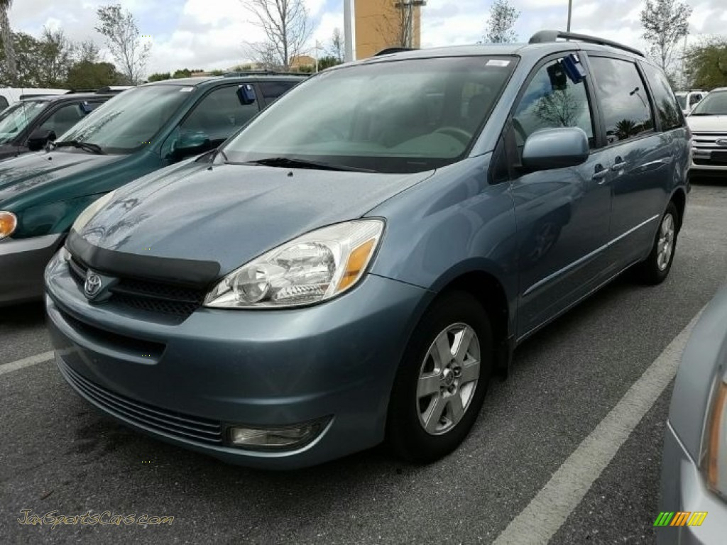 2004 Sienna XLE - Blue Mirage Metallic / Stone Gray photo #1