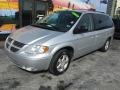 Dodge Grand Caravan SXT Bright Silver Metallic photo #5