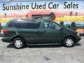 Toyota Sienna XLE Woodland Pearl Green Metallic photo #3