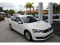Volkswagen Passat 2.5L Wolfsburg Edition Candy White photo #1