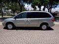 Chrysler Town & Country LX Butane Blue Pearlcoat photo #2