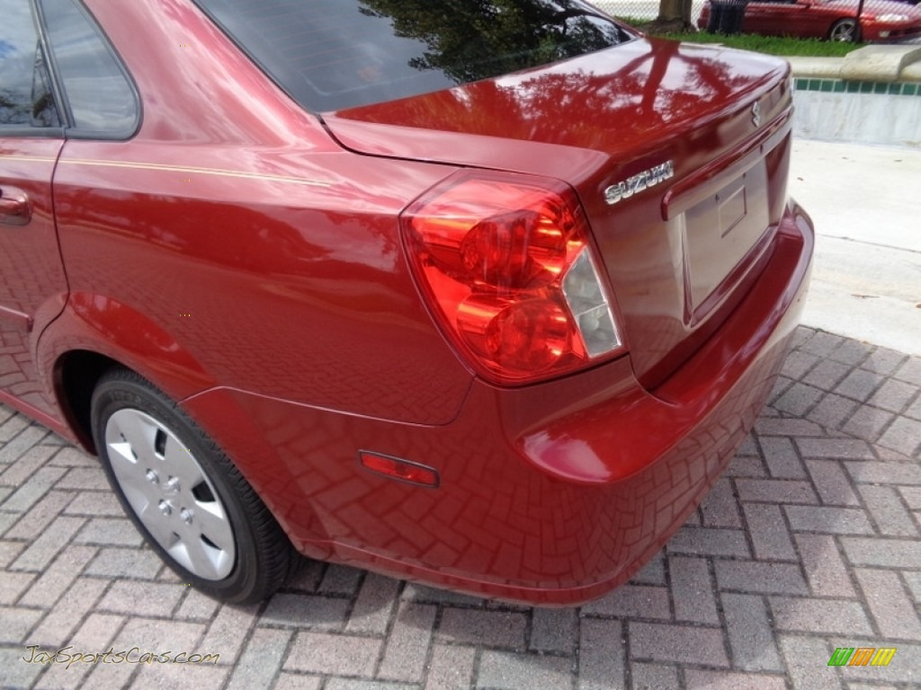 2008 Forenza  - Fusion Red Metallic / Grey photo #31