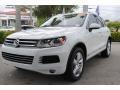 Volkswagen Touareg V6 Lux 4Motion Pure White photo #5