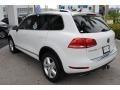 Volkswagen Touareg V6 Lux 4Motion Pure White photo #6
