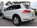 Volkswagen Touareg V6 Lux 4Motion Pure White photo #7