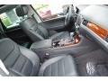 Volkswagen Touareg V6 Lux 4Motion Pure White photo #19