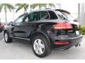 Volkswagen Touareg V6 Lux 4Motion Black photo #7