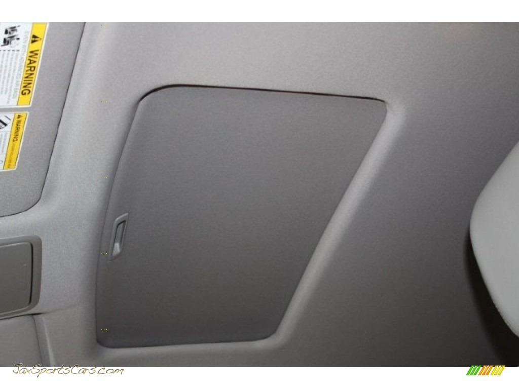 2017 Pilot EX-L w/Navigation - Steel Sapphire Metallic / Gray photo #30