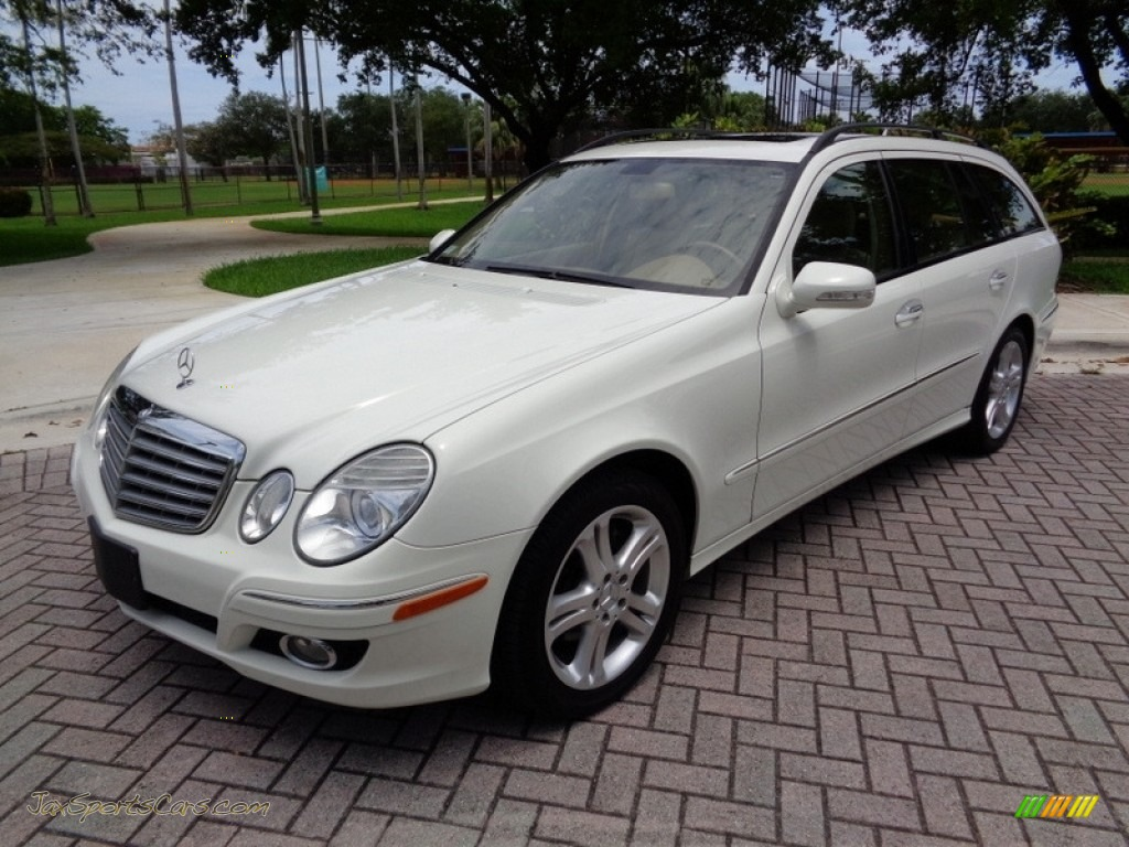 2007 E 350 4Matic Wagon - Arctic White / Cashmere photo #1