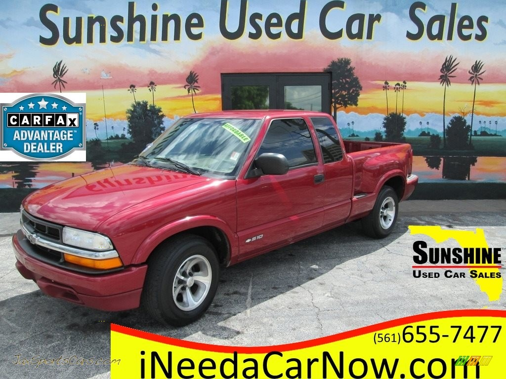 2000 S10 LS Extended Cab - Dark Cherry Red Metallic / Medium Gray photo #1