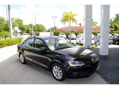 Black 2014 Volkswagen Jetta SE Sedan
