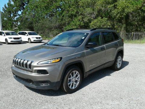 Light Brownstone Pearl 2017 Jeep Cherokee Sport