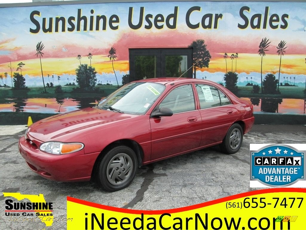 2002 Escort SE Sedan - Bright Red / Medium Graphite photo #1