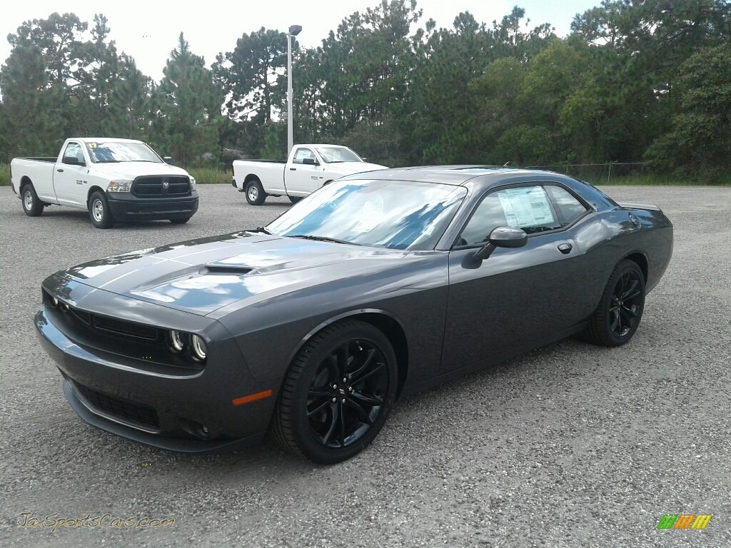2017 Challenger SXT - Granite Pearl / Black photo #1