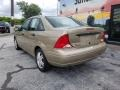 Ford Focus SE Sedan Fort Knox Gold Metallic photo #3
