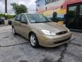 Ford Focus SE Sedan Fort Knox Gold Metallic photo #7