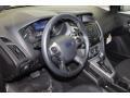 Ford Focus SE Hatchback Tuxedo Black photo #12
