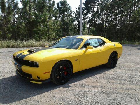 Yellow Jacket 2018 Dodge Challenger SRT 392