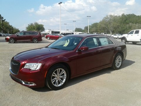 Velvet Red Pearl 2018 Chrysler 300 Touring