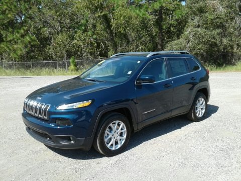 Patriot Blue Pearl 2018 Jeep Cherokee Latitude Plus