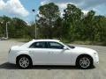 Chrysler 300 Touring Bright White photo #6