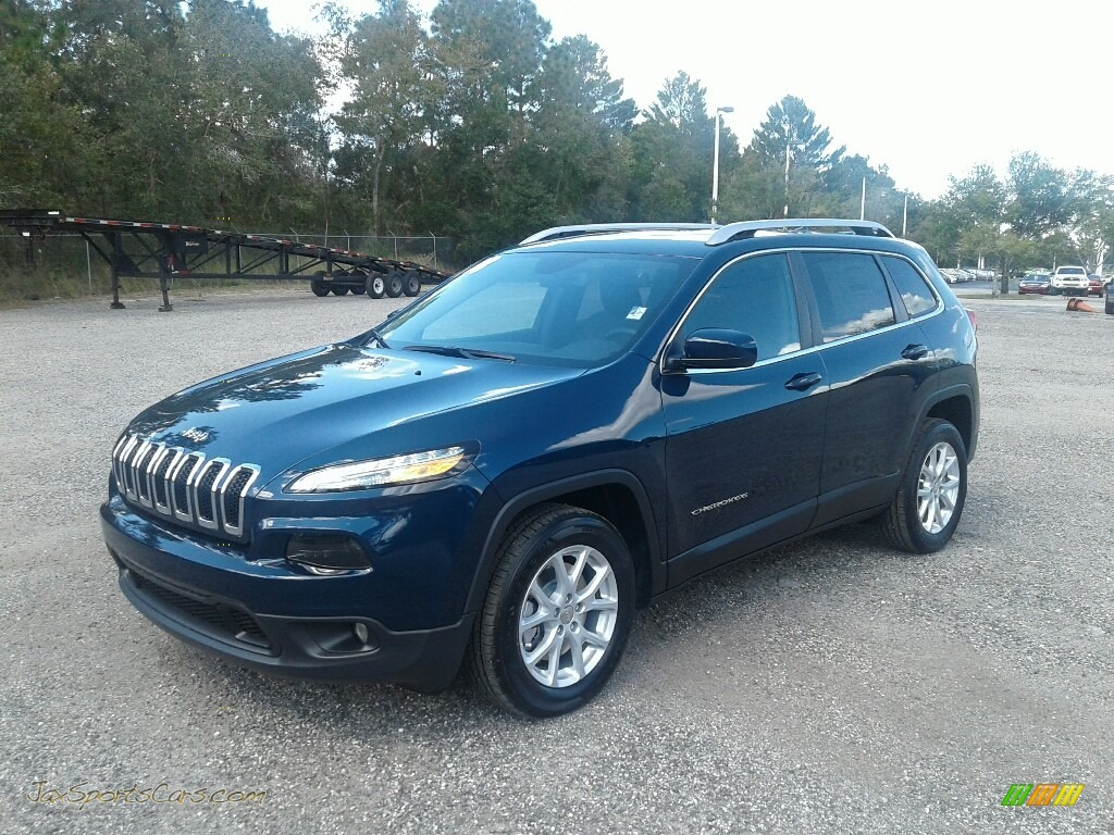 Patriot Blue Pearl / Black Jeep Cherokee Latitude Plus