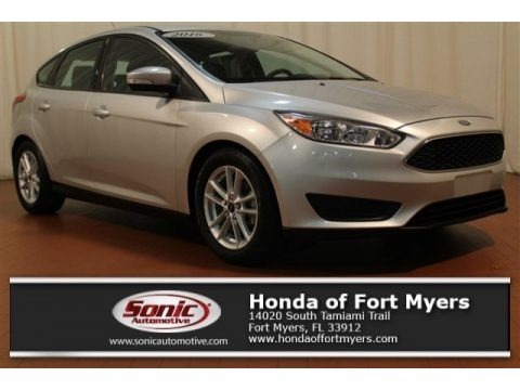 Stealth Gray 2016 Ford Focus SE Hatch