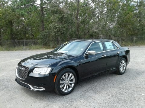 Gloss Black 2018 Chrysler 300 Limited AWD