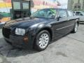 Chrysler 300 LX Brilliant Black Crystal Pearl photo #5