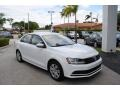 Volkswagen Jetta S Pure White photo #1