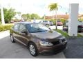 Volkswagen Jetta SE Sedan Toffee Brown Metallic photo #1