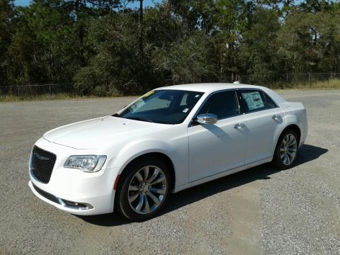 Bright White 2018 Chrysler 300 Limited