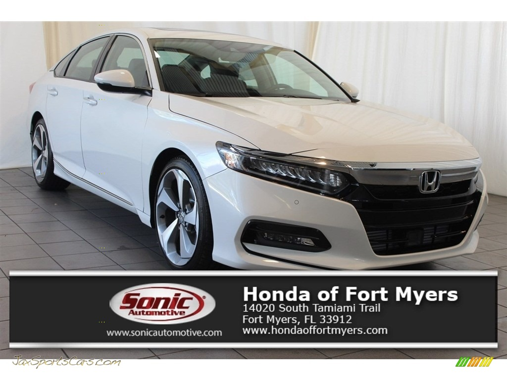2018 Accord Touring Sedan - Platinum White Pearl / Black photo #1