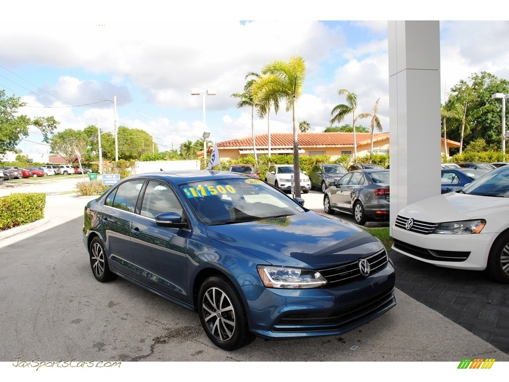 2017 Jetta SE - Silk Blue Metallic / Titan Black photo #1