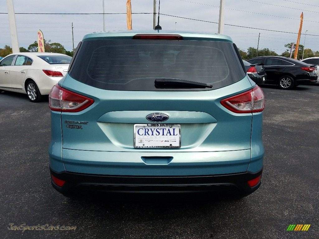 2013 Escape S - Deep Impact Blue Metallic / Charcoal Black photo #4
