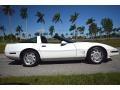 Chevrolet Corvette Coupe Arctic White photo #18