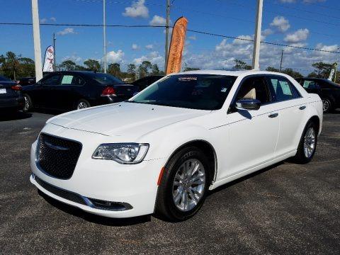 Bright White 2017 Chrysler 300 C