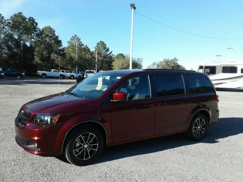 Octane Red Pearl 2018 Dodge Grand Caravan SXT