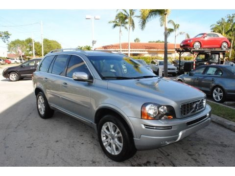 Electric Silver Metallic 2014 Volvo XC90 3.2