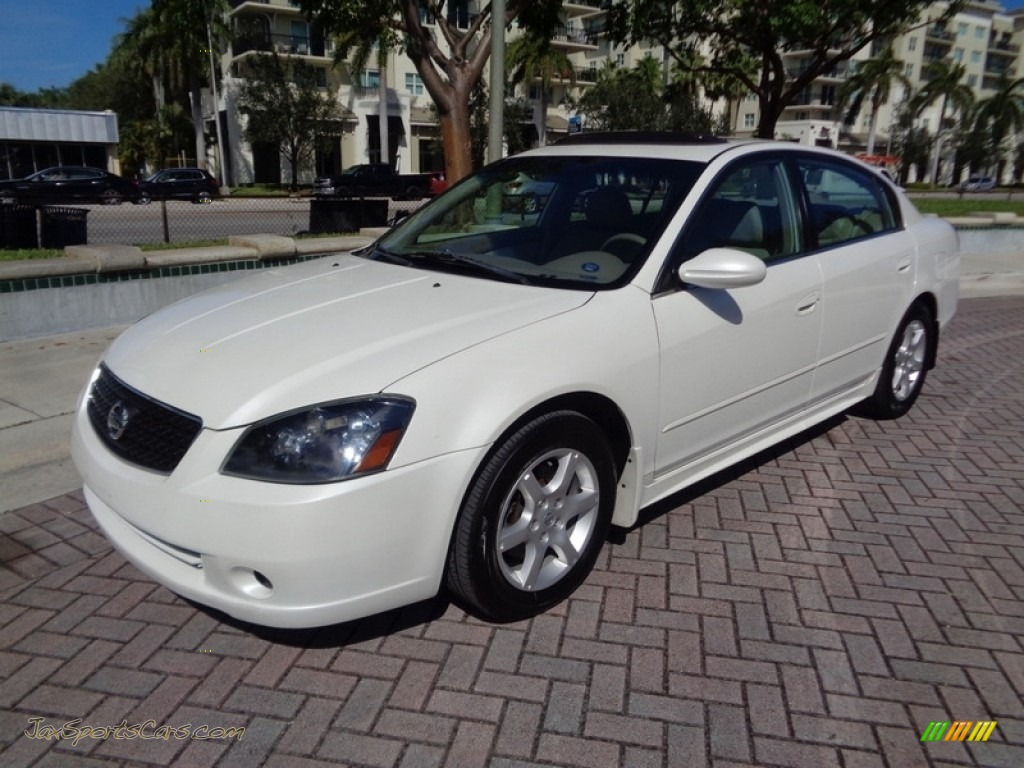 2006 Altima 3.5 SL - Satin White Pearl / Blond photo #1