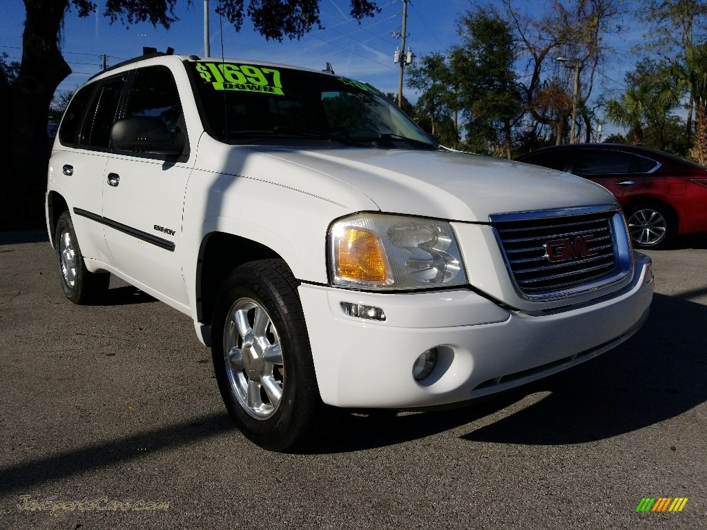 2006 Envoy SLE - Summit White / Light Gray photo #1
