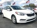 Kia Forte LX Sedan Snow White Pearl photo #3