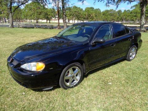 Black 2004 Pontiac Grand Am SE Sedan