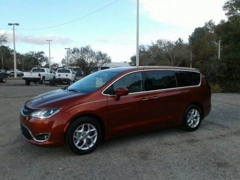 Copper Pearl 2018 Chrysler Pacifica Touring Plus