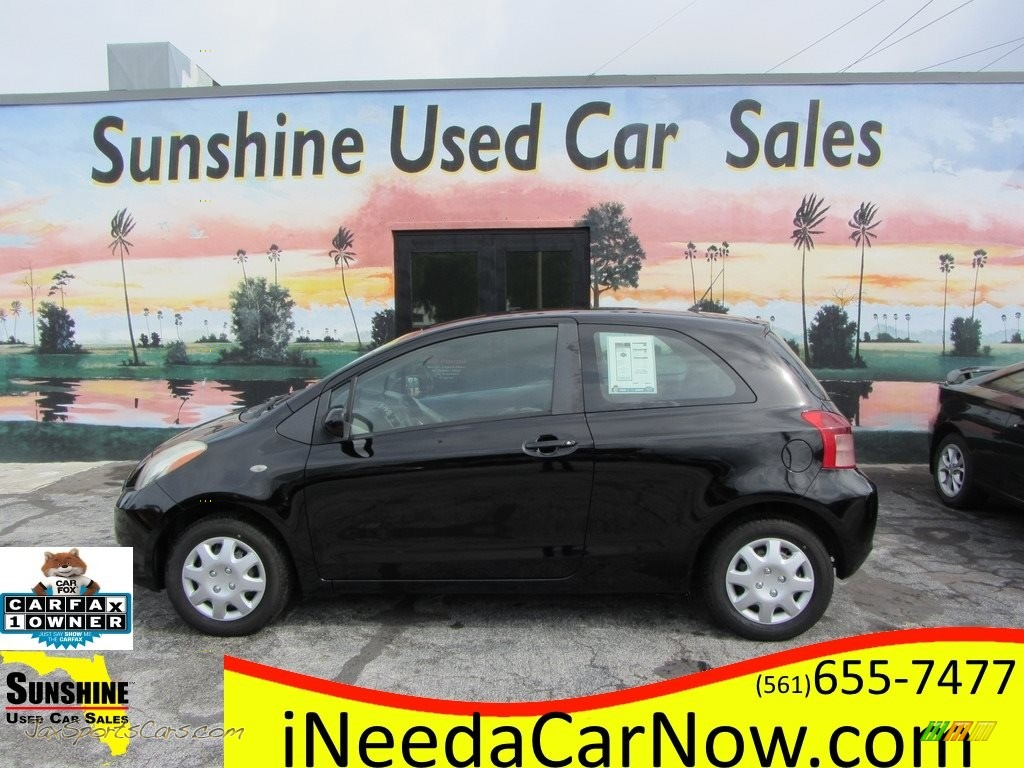 2007 Yaris 3 Door Liftback - Black Sand Pearl / Dark Charcoal photo #1
