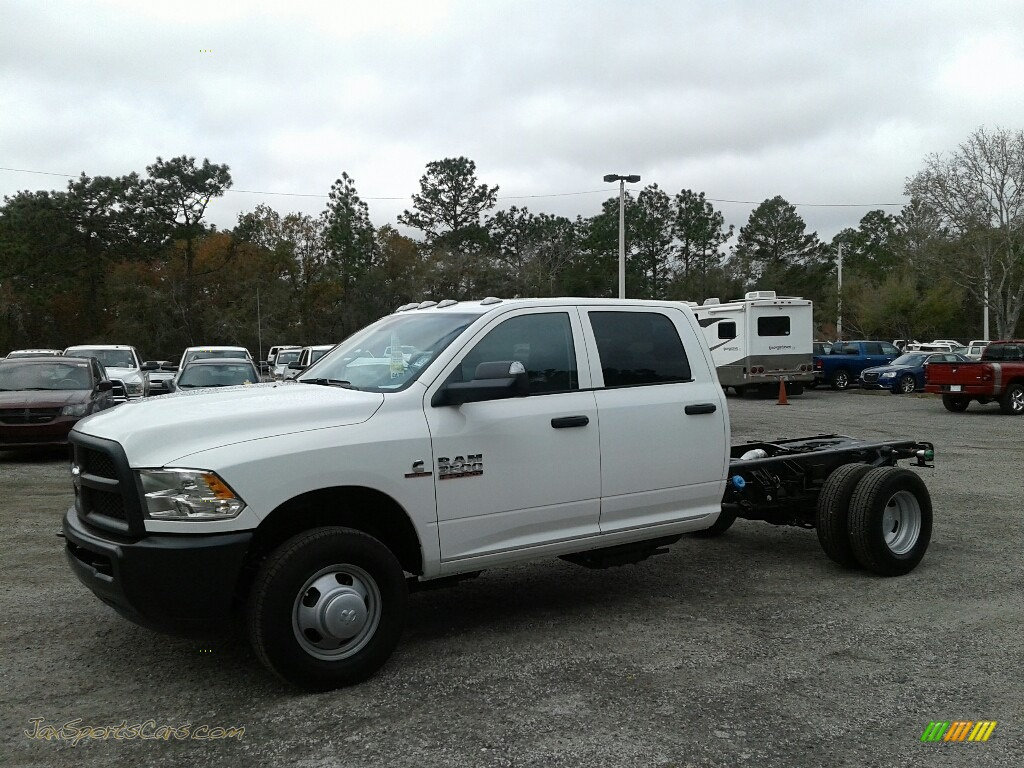 Bright White / Black/Diesel Gray Ram 3500 Tradesman Crew Cab Chassis